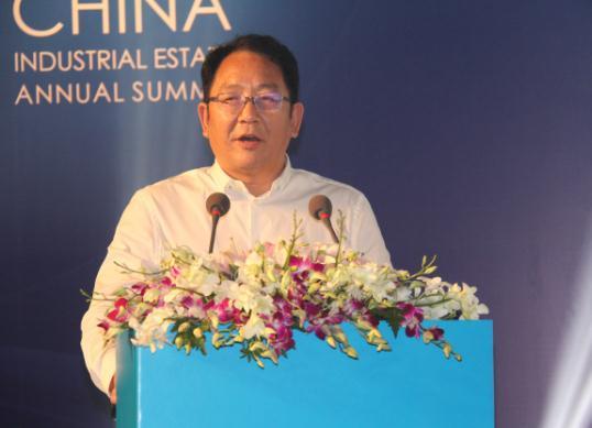 王将魁:产业筑城 智慧建园