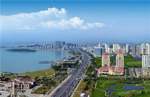 青岛西海岸新中央商务区开工 打造新一代商圈